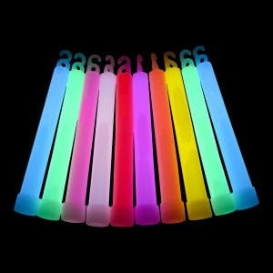 what makes glow sticks glow with different colours