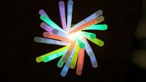 wholesale glow sticks in lots of colours
