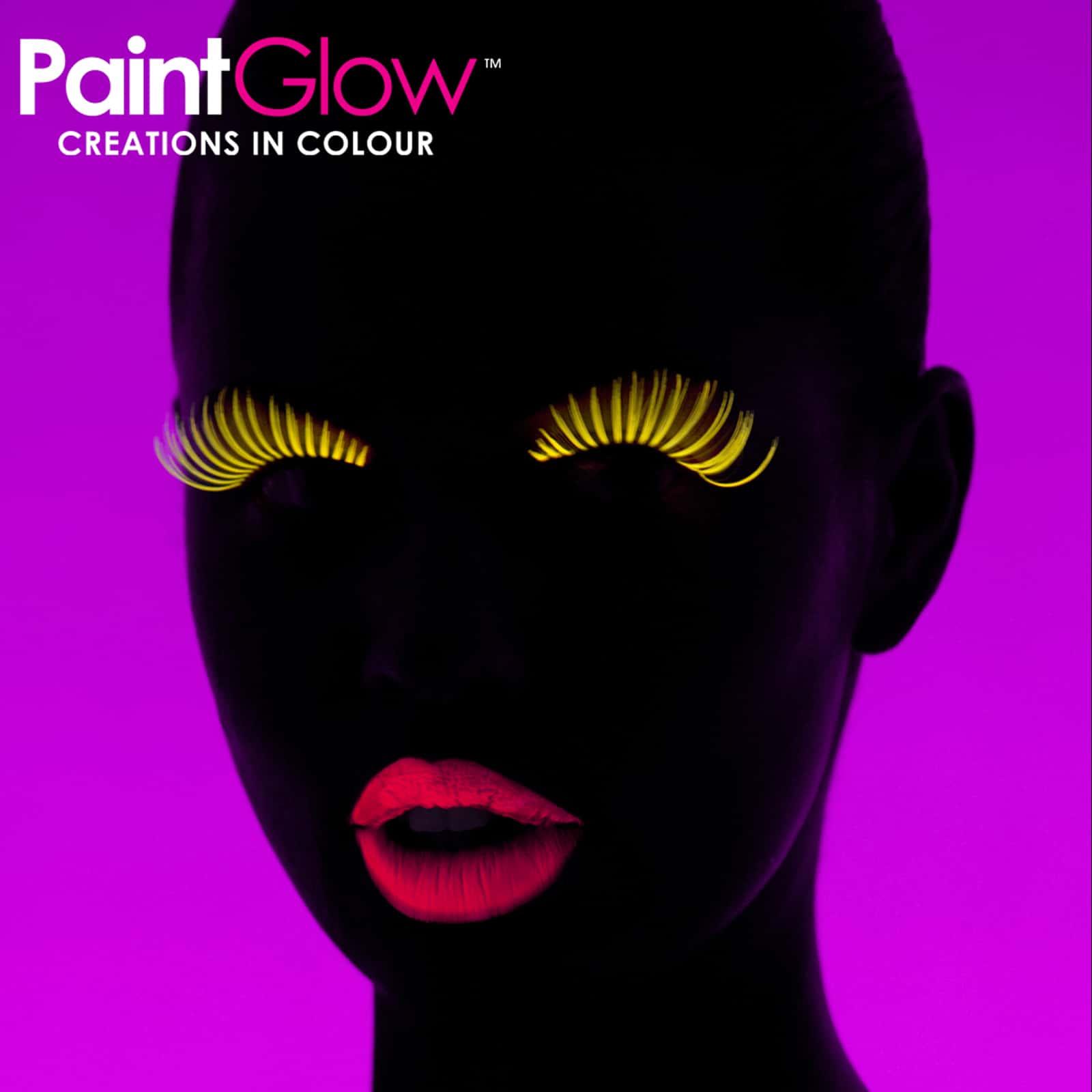Neon UV Eye Mascara Model