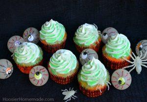 Glow in the dark cupcakes by www.hoosierhomemade.com/