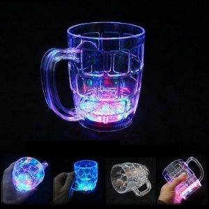 LED Flashing Pint Cup (500ml) with flashing light settings
