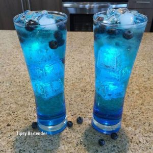 Glow in the Dark Ice Cube Drink